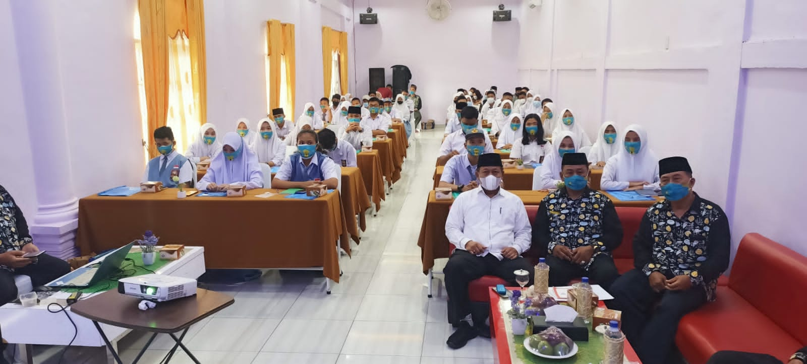 Plt Walikota Buka Sosialisasi Kerukunan Umat Beragama Bagi Siswa-Siswa SMA Se Kota Tanjungbalai